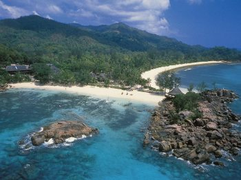 Praslin_ Lemuria Resort