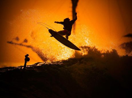 Indonesia_Surfisti in azione