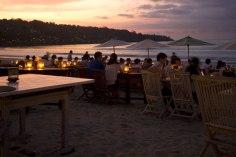 Jimbaran_cenare in riva la mare