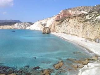 Milos - Spiaggia di Firiplaka