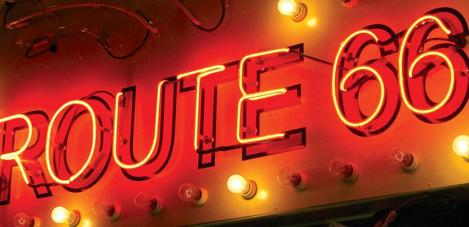 Route-66-lighted-sign