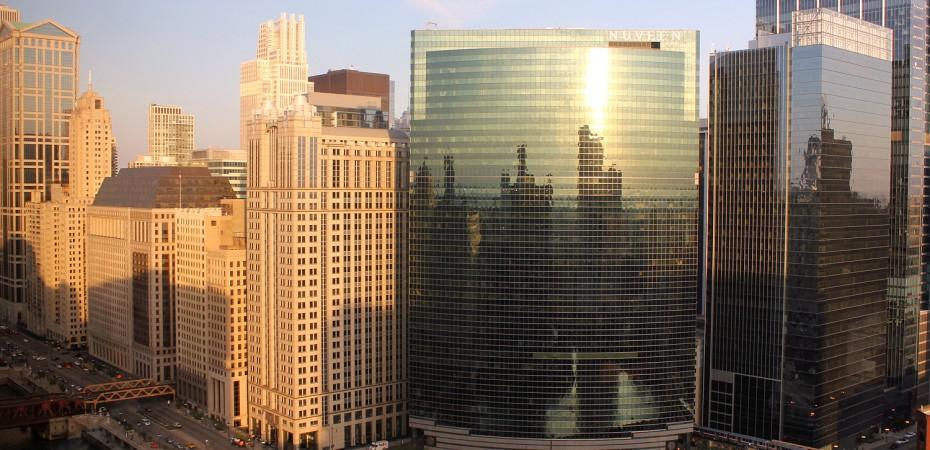 Chicago_downtown-northwest-view-twilight