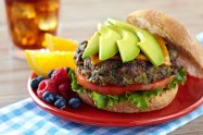 Hawaian Avocado_Black_Bean_Burger 2