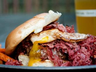 pastrami burger - Utah