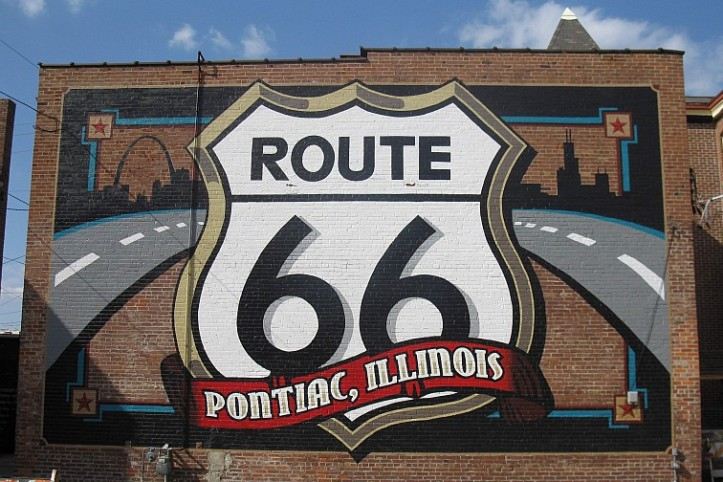 USA-Pontiac-IL-Route-66-Museum-Mural