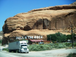 Arches N.P. - On the road
