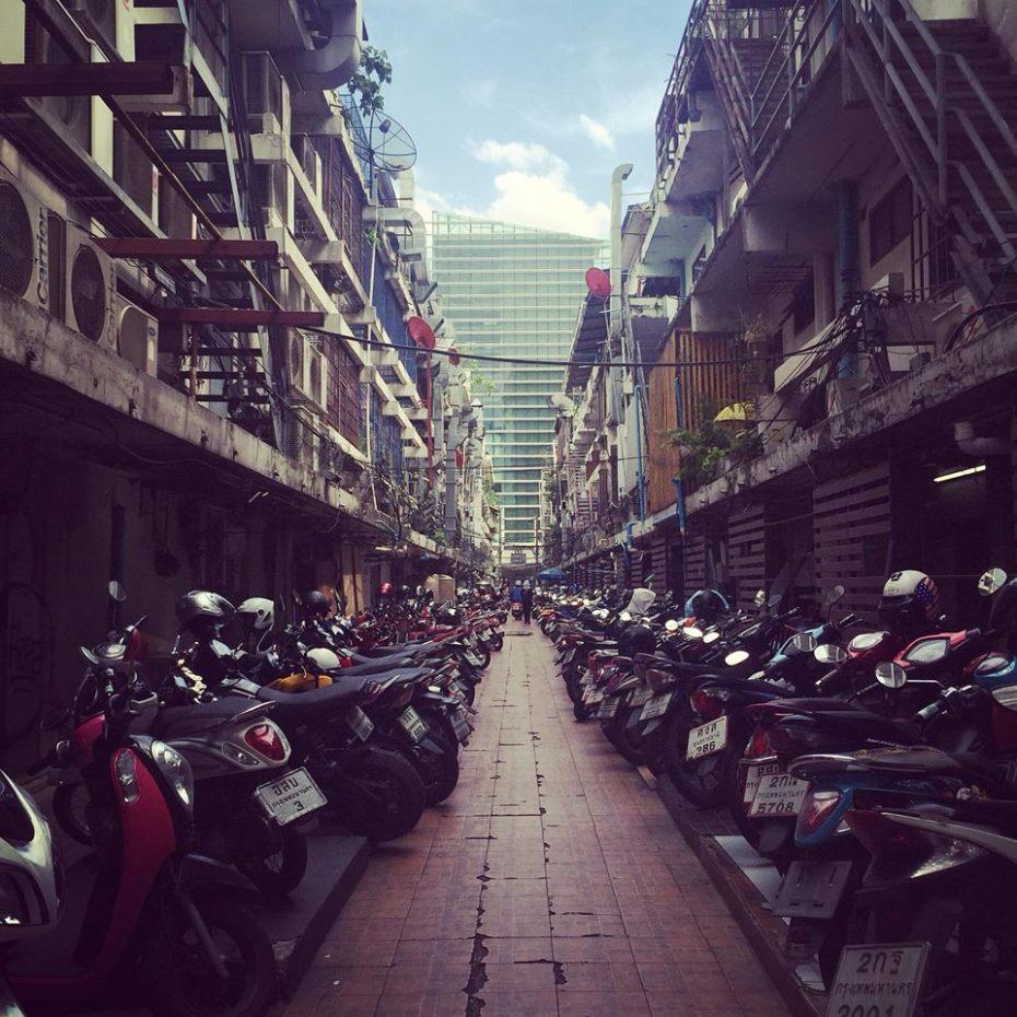 Cavi elettrici a Bangkok