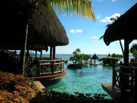 Mauritius Pirogue Resort