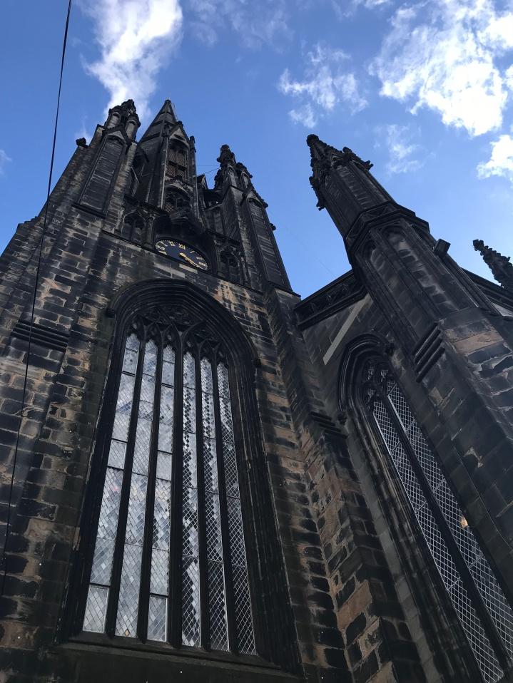 Edimburgo - The Hub