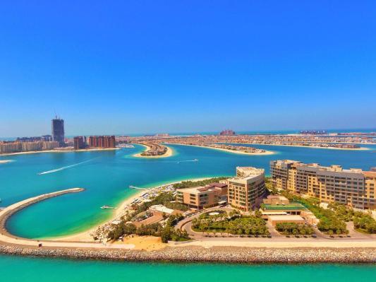 Dubai The Palm Hotel view